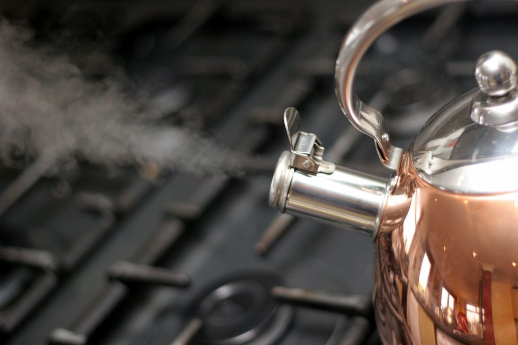 kettle steam pressure Image by Ken Boyd from Pixabay