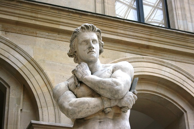 Statue Spartacus Image by 139904 from Pixabay