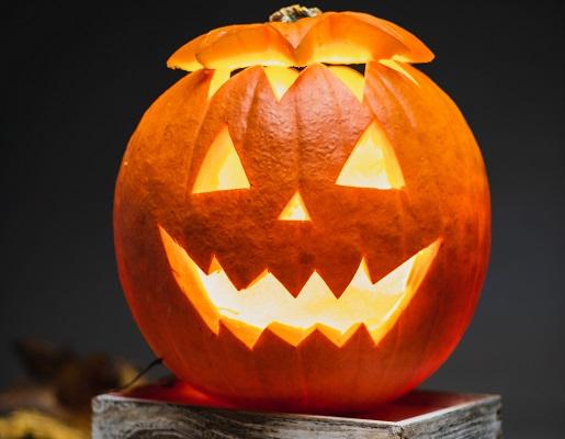 Pumpkin jack-o-lantern halloween original Photo by Łukasz Nieścioruk on Unsplash